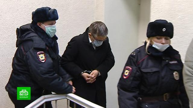Петербургского нефролога задержали еще на 72 часа по обвинению в убийстве жены