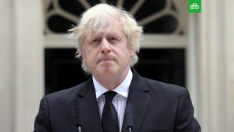Борис Джонсон не пойдет на похороны принца Филиппа.Премьер-министр Великобритании Борис Джонсон не будет присутствовать на похоронах принца Филиппа. Он решил уступить одно из 30 мест члену семьи.Великобритания, Елизавета II, монархи и августейшие особы, похороны, смерть, траур.НТВ.Ru: новости, видео, программы телеканала НТВ