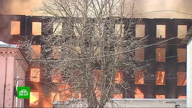 Здание сгоревшей «Невской мануфактуры» хотят восстановить