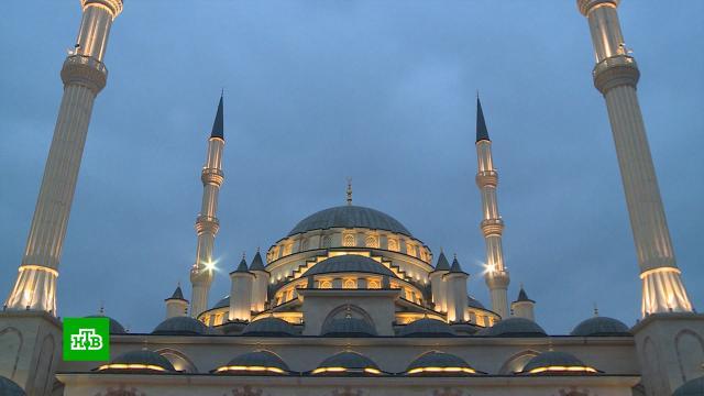 Умусульман начался священный месяц Рамадан