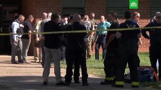 Один человек стал жертвой стрельбы в американской школе.Полиция штата Теннесси сообщила первые данные о погибших и пострадавших в результате стрельбы в школе в Ноксвилле.США, дети и подростки, оружие, полиция, школы.НТВ.Ru: новости, видео, программы телеканала НТВ