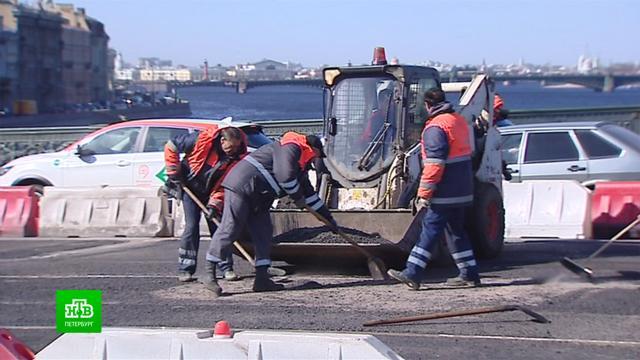 Ремонт дороги на Литейном мосту завершится к7мая.Санкт-Петербург, дороги, мосты.НТВ.Ru: новости, видео, программы телеканала НТВ