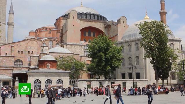 Почти половина российских туристов уже вернулись из Турции.Турция, авиация, коронавирус, туризм и путешествия.НТВ.Ru: новости, видео, программы телеканала НТВ