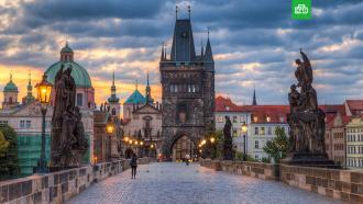 Чехия резко сократит штат посольства РФ в Праге