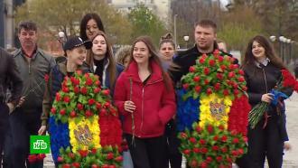 Концерты, выставки, салют: москвичи отмечают День Победы на Поклонной горе.НТВ.Ru: новости, видео, программы телеканала НТВ