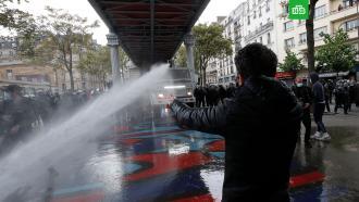 Полиция Парижа применила водометы на акции вподдержку Палестины