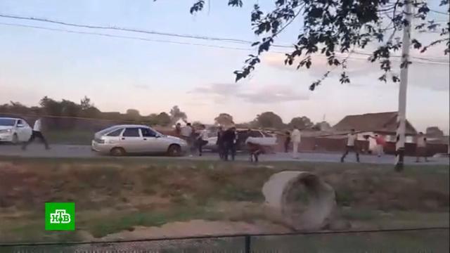 В Ульяновской области цыганская свадьба закончилась массовым побоищем.Ульяновская область, автомобили, драки и избиения.НТВ.Ru: новости, видео, программы телеканала НТВ