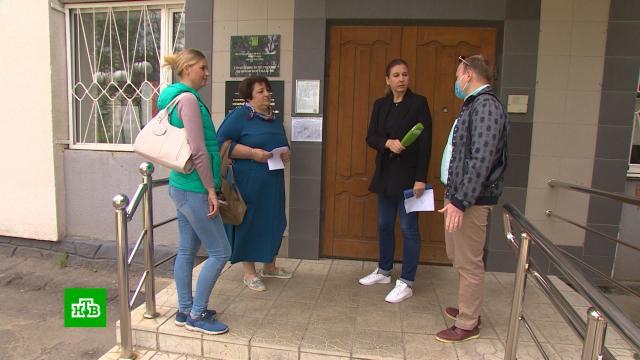 Орловские медики месяцами не могут добиться надбавок за переезд в село