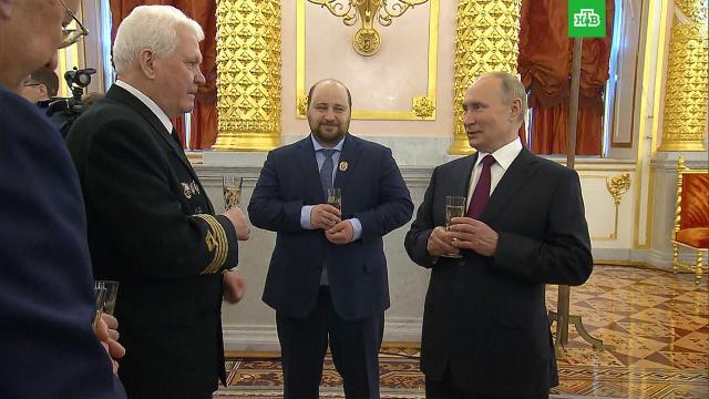 Путин рассказал опобочном эффекте вакцины от коронавируса.Путин, вакцинация, коронавирус.НТВ.Ru: новости, видео, программы телеканала НТВ
