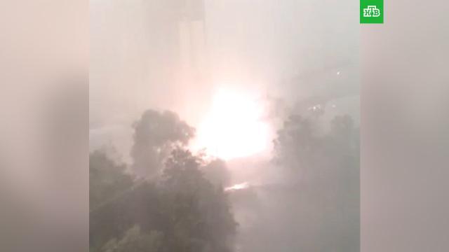 Суперливень обрушил строительный кран под Москвой.Москва, жара, погода.НТВ.Ru: новости, видео, программы телеканала НТВ
