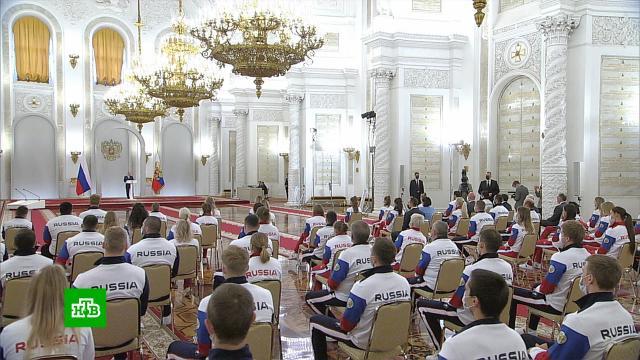 Путин попросил россиян неукоснительно соблюдать все медицинские правила на Олимпиаде.Олимпиада, Путин, коронавирус.НТВ.Ru: новости, видео, программы телеканала НТВ