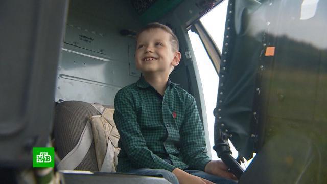 Калининградские военные исполнили заветное желание сражающегося со СМА ребенка