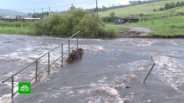 Потоп в Забайкалье привел к транспортному коллапсу на Транссибе.Забайкальский край, РЖД, железные дороги, наводнения.НТВ.Ru: новости, видео, программы телеканала НТВ