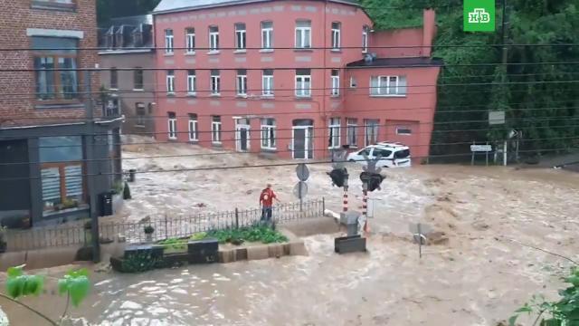 На юге Бельгии из-за ливней началось новое наводнение.Бельгия, наводнения, стихийные бедствия.НТВ.Ru: новости, видео, программы телеканала НТВ