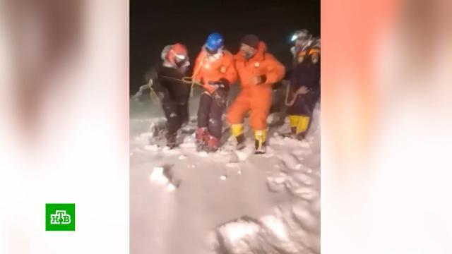 Задержан организатор смертельного восхождения на Эльбрус.Кабардино-Балкария, Эльбрус, альпинизм, несчастные случаи.НТВ.Ru: новости, видео, программы телеканала НТВ