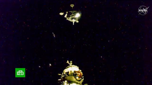«Гагарин» пристыковался к«Науке»: космонавты сфотографировали МКС сновым модулем.МКС, космонавтика, космос.НТВ.Ru: новости, видео, программы телеканала НТВ