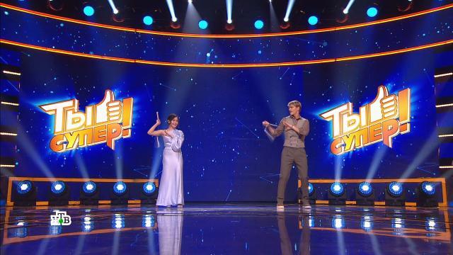 Участница «Ты супер!» показала виртуозное владение нунчаками.Ты супер, дети и подростки, музыка и музыканты, эксклюзив, юмор и сатира.НТВ.Ru: новости, видео, программы телеканала НТВ