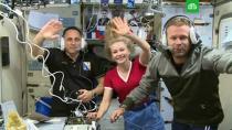 «Киноэкипаж» вернулся с МКС на Землю.МКС, кино, космонавтика, космос.НТВ.Ru: новости, видео, программы телеканала НТВ