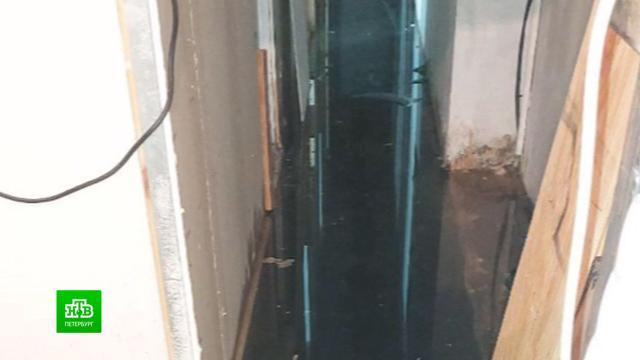 Питерский театр не смог отпраздновать юбилей из-за потопа.Санкт-Петербург, аварии в ЖКХ, театр.НТВ.Ru: новости, видео, программы телеканала НТВ