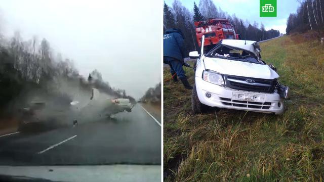 Момент ДТП с тремя погибшими на трассе М-9 попал на видео.ДТП, Тверская область.НТВ.Ru: новости, видео, программы телеканала НТВ