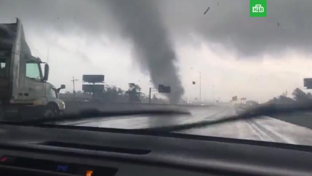 Шесть разрушительных торнадо пронеслись по восточному Техасу.США.НТВ.Ru: новости, видео, программы телеканала НТВ