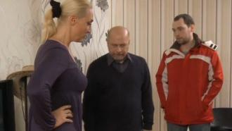 «Каскадерский трюк».Мужчина угрожает расправой парню своей погибшей дочери.НТВ.Ru: новости, видео, программы телеканала НТВ