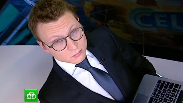 Рамаз Чиаурели, ведущий программы «Сегодня», готовится кработе на Новогоднем Телевидении.НТВ.Ru: новости, видео, программы телеканала НТВ