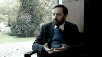 Впервые— чистосердечное признание серого кардинала оппозиции— только вэту субботу в«Новых русских сенсациях» на НТВ