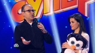 «Ты уже вфинале!»: Гарик Мартиросян помог участнице из Армении понять слова жюри, иона вдруг запела <nobr>по-русски</nobr>