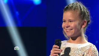 «Ты уже выдающаяся певица!»: юная Зоя вновь порадовала всех уверенным исполнением ияркими эмоциями