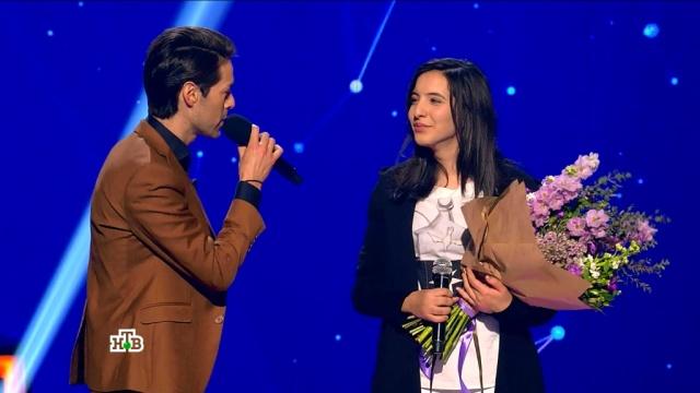 Карина из Дагестана вновь поразила фантастическим вокалом, аМарк Тишман пообещал написать для нее песню