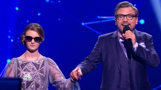 «Ты удивительно спела!»: жюри похвалило Арианну за проникновенное исполнение сложной композиции
