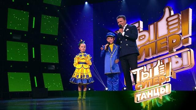 Русский народный танец юных Амиля иРадхи из Казахстана восхитил судей яркостью исложными элементами