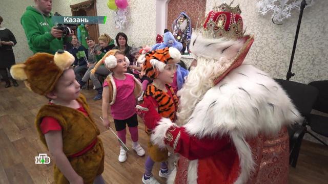 Второй день вКазани: танцы, веселье, горячие объятия иисполнение сокровенных желаний.НТВ.Ru: новости, видео, программы телеканала НТВ