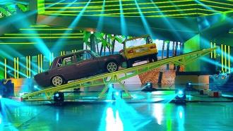 Талант иневероятное мастерство— ввоскресенье вавтомобильном шоу «Россия рулит!»
