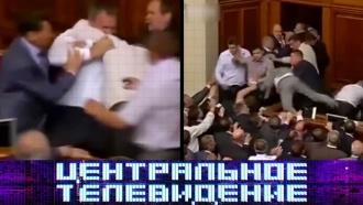 Легализация наркотиков на Украине и<nobr>секс-скандал</nobr> всемье ЕлизаветыII— всубботу в«Центральном телевидении»