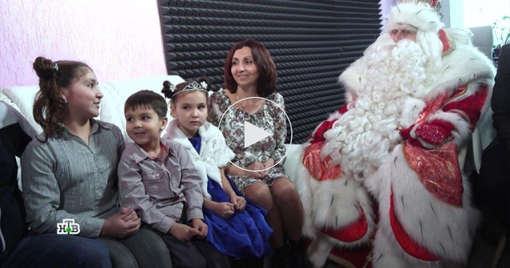 Дед Мороз привез вСаратов новогоднюю сказку