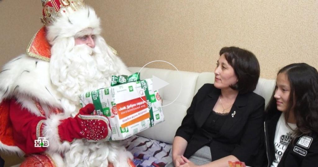 Море гостинцев иприятные сюрпризы: марафон чудес Деда Мороза вСтаврополе