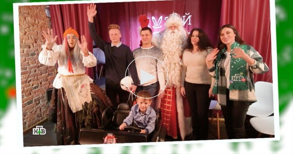 Новогодние чудеса вгороде на Неве: Дед Мороз привез праздник в<nobr>Санкт-Петербург</nobr>